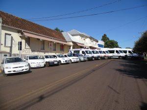 Encaminhamento de pacientes e serviço de transporte