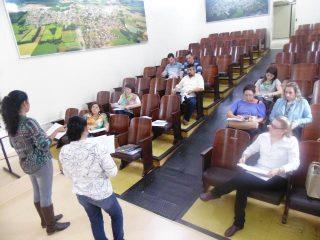 Reunião define cursos PRONATEC para 2015