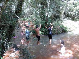 Crianças do CEI realizam passeio à Fazenda Tropeiro Camponez