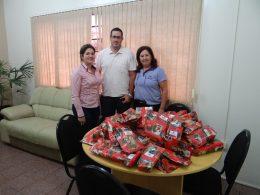 Imobiliária Gehlen doa brinquedos para alunos do CEI