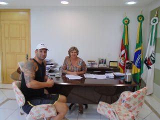 Executivo e Legislativo apoiam primeiro evento de MMA em Não-Me-Toque