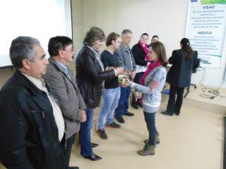 Famílias Classificas no Núcleo Habitacional A. A. Roos II participam do sorteio dos lotes