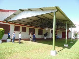APAE conta com área externa coberta para atividades