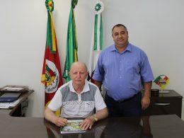 Armando Carlos Roos e Pedro Paulo Falcão da Rosa assumem o Executivo