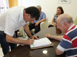 Assinada ordem de serviço para reforma na EMEF Ernesto João Cardoso