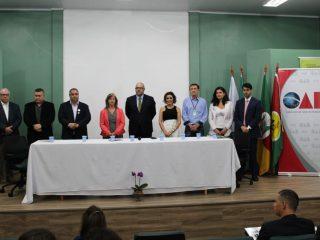 Prefeito Pedro Paulo prestigia II Encontro Juridico OAB/Expodireto