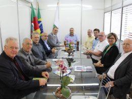 Prefeito Pedro Paulo recebe reitoria da UFSM