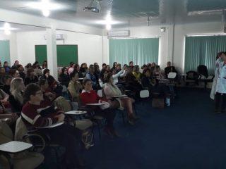 Secretaria de Educação promove formação para servidores das Escolas Municipais