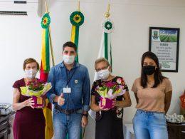 Prefeitura homenageia moradoras do Bairro Ipiranga por ação exemplar de cuidados com a praça