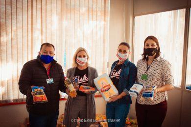 Alunos da Fisk realizam doação de alimentos para a Assistência Social