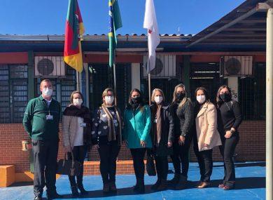 Equipe do Poder Executivo visita Escola Cívico-Militar de Santa Rosa
