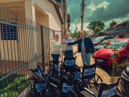 Rotary Club entrega 10 novas cadeiras para a Secretaria de Saúde