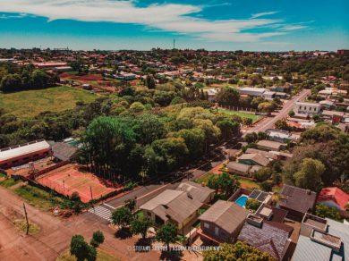 Asfalto na Rua Paraná é entregue à comunidade